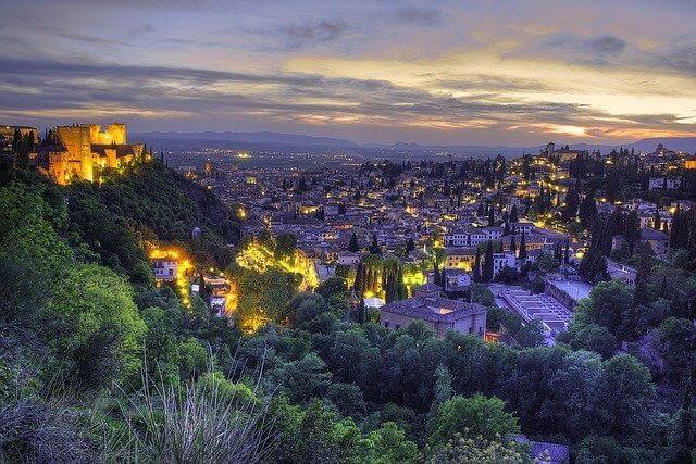 Granada vista di notte